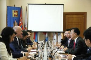 Mr. Nenad Popovic, Minister without Portfolio of Serbia in charge of Innovations and Technological Development, held meeting with Mr. Liu Dejian and NetDragon's delegation