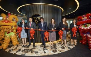 Victory Offices executives officiate the opening ceremony of its Hong Kong operation.(second from the left to second from the right): Mr Kenny Lam, Regional Manager - South East Asia; Mr Dan Baxter, Founder, Executive Director and Chief Executive Officer; Mrs Manisha Angirish, Chief Operating Officer; Ms Misha Baxter, General Manager - Global