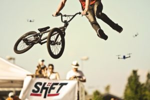 [Smart Action Shooting with SHIFT RED]
