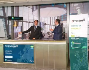 Mr. Darren Lui, President and Executive Director (left), at the Euronext Paris Stock Exchange ceremony