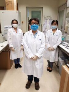 Scientists from A*STAR's Institute of Molecular and Cell Biology (IMCB) who were involved in the development of the ASSURE(R) rapid antibody test kit for COVID-19. From L-R: Ms Carol Leong, Research Officer; Associate Professor Tan Yee Joo, Joint Senior Principal Investigator; Dr Wang Yaju, Senior Research Officer (Photo credit: A*STAR)